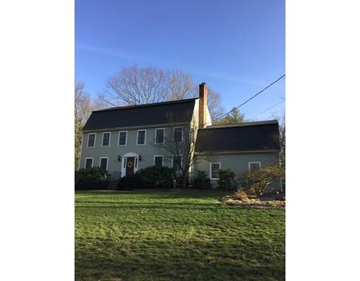 独户住宅 为 销售 在 48 Hill Street 梅德韦, 马萨诸塞州 02053 美国