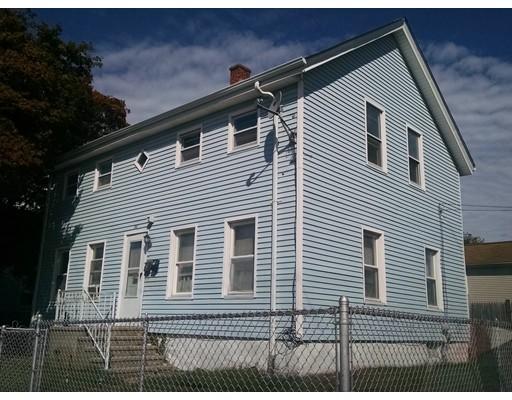 Casa Multifamiliar por un Venta en 84 Hall Street Fall River, Massachusetts 02724 Estados Unidos