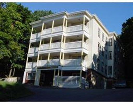 Additional photo for property listing at 16 Mount Hood Terrace  Lynn, Massachusetts 01902 Estados Unidos