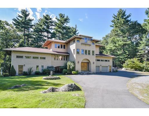 واحد منزل الأسرة للـ Sale في 390 Salem Street Lynnfield, Massachusetts 01940 United States
