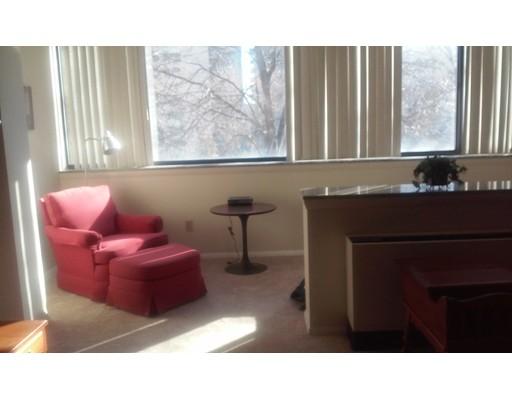 独户住宅 为 出租 在 2 HAWTHORNE PLACE 波士顿, 马萨诸塞州 02114 美国