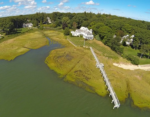 Single Family Home for Sale at 131 Washington Street 131 Washington Street Duxbury, Massachusetts 02332 United States