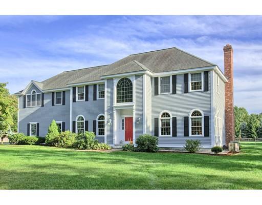 Частный односемейный дом для того Продажа на 166 Whitman Road Groton, Массачусетс 01450 Соединенные Штаты