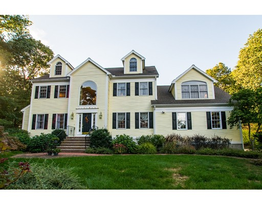 独户住宅 为 销售 在 210 Pine Street 麦德菲尔德, 02052 美国