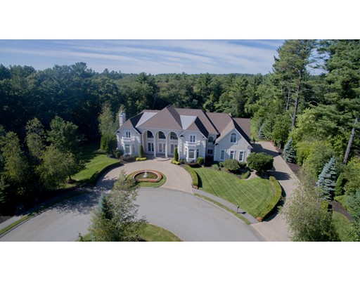 Maison unifamiliale pour l Vente à 7 Ashley Court Lynnfield, Massachusetts 01940 États-Unis