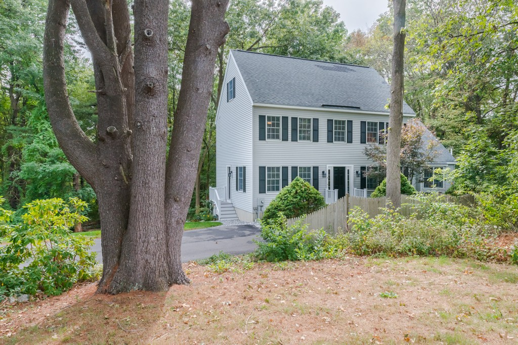 Property for sale at 4 Berry Dr, Newburyport,  MA 01950