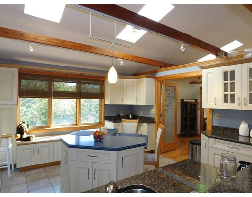 Additional photo for property listing at 6 Pond Street  Paxton, Massachusetts 01612 United States