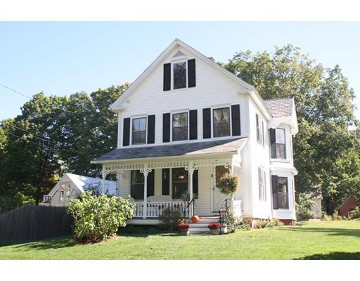 Maison unifamiliale pour l Vente à 7 Library Street Bernardston, Massachusetts 01337 États-Unis