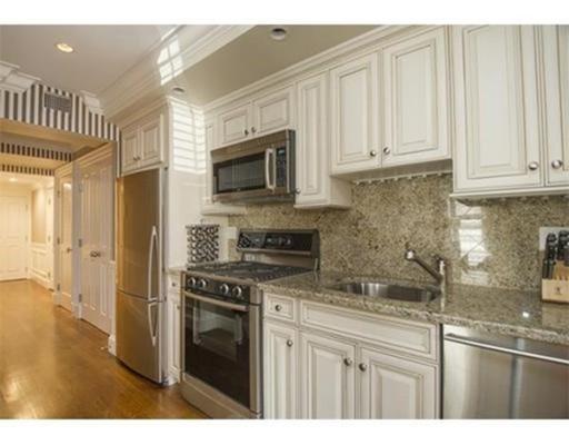 独户住宅 为 出租 在 48 Commonwealth 波士顿, 马萨诸塞州 02116 美国