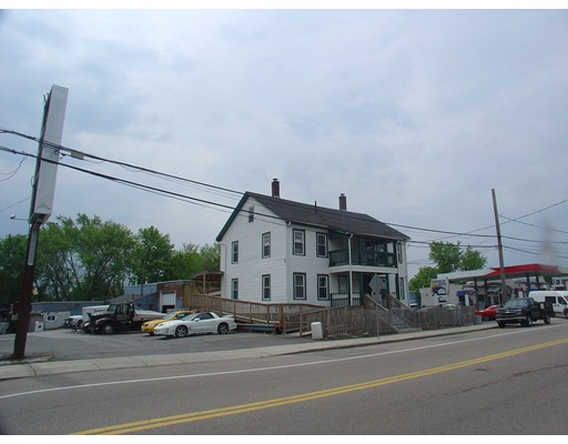 Additional photo for property listing at 12 Waverly Street  Framingham, Massachusetts 01701 United States