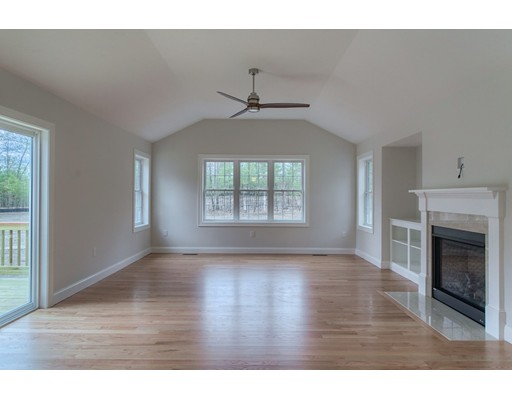 Single Family Home for Sale at 15 Chapman Street Dunstable, Massachusetts 01827 United States