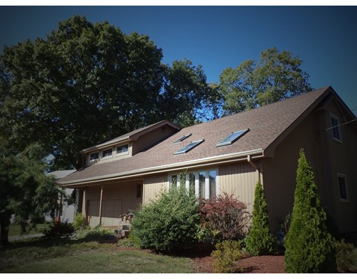 157  Mohican Road,  Somerset, MA
