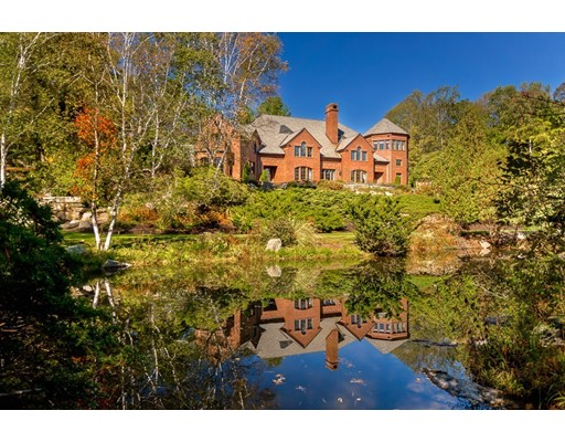 Single Family Home for Sale at 44 Fisher Street Northborough, Massachusetts 01532 United States