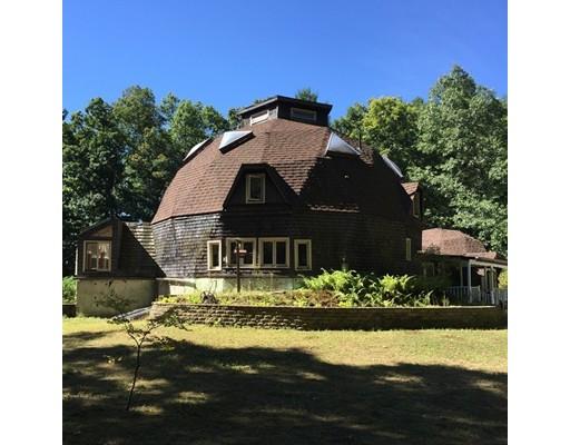 Maison unifamiliale pour l Vente à 229 Plumtree Road Sunderland, Massachusetts 01375 États-Unis