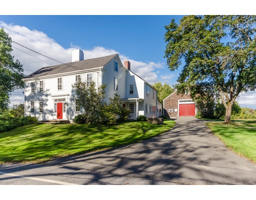 Single Family Home for Sale at 112 Crane Neck Street West Newbury, Massachusetts 01985 United States