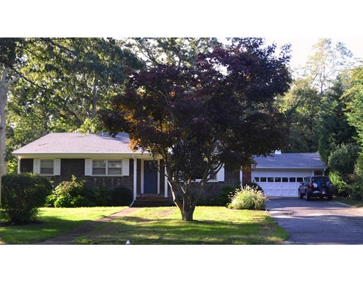 Single Family Home for Sale at 11 Pine Tree Lane Tisbury, Massachusetts 02568 United States
