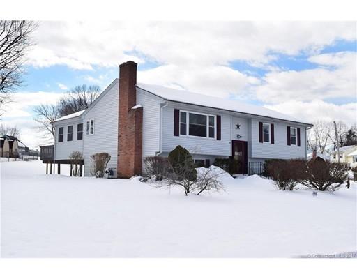Maison unifamiliale pour l Vente à 2 Michael Drive Enfield, Connecticut 06082 États-Unis