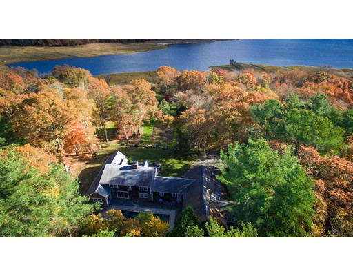 Additional photo for property listing at 122 Register Road  Marion, Massachusetts 02738 United States