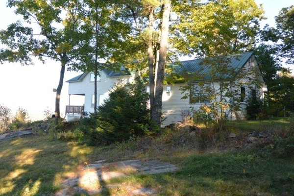 Photo #3 of Listing 215 Circuit Road