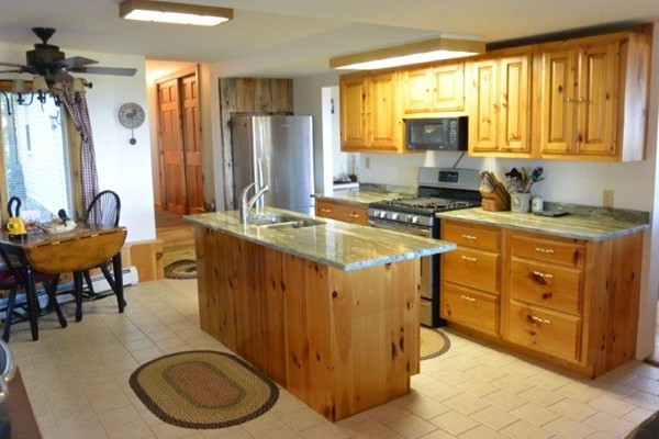 Photo #5 of Listing 215 Circuit Road