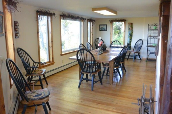 Photo #9 of Listing 215 Circuit Road
