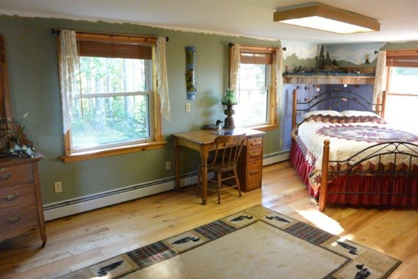 Photo #13 of Listing 215 Circuit Road