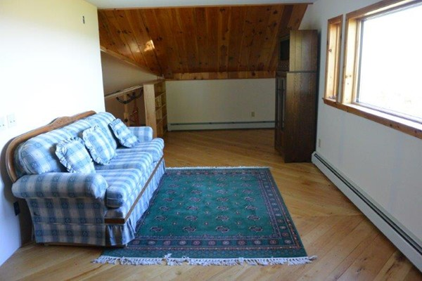 Photo #20 of Listing 215 Circuit Road