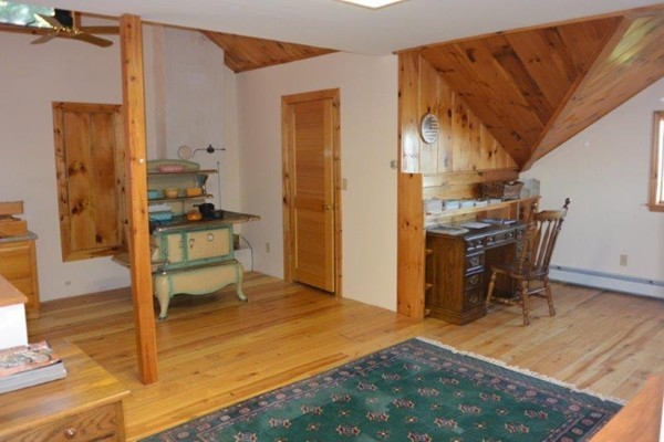 Photo #22 of Listing 215 Circuit Road
