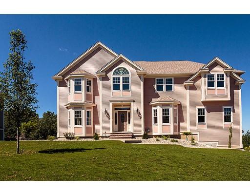 Casa Unifamiliar por un Venta en 208 Catamount Road Tewksbury, Massachusetts 01876 Estados Unidos