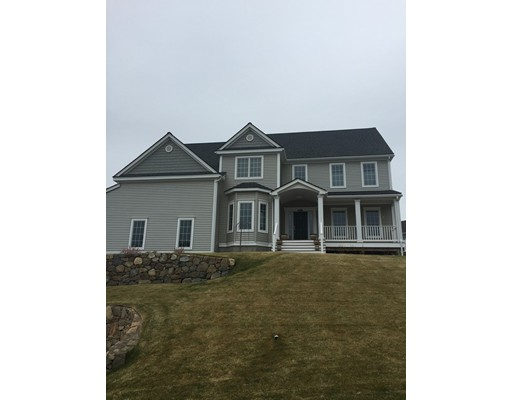 Single Family Home for Sale at 73 High Point Drive 73 High Point Drive Grafton, Massachusetts 01536 United States