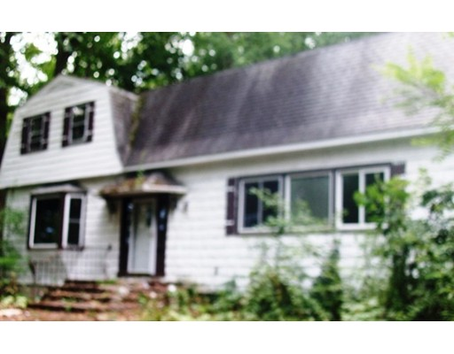 30  Ryefield Rd,  Fitchburg, MA