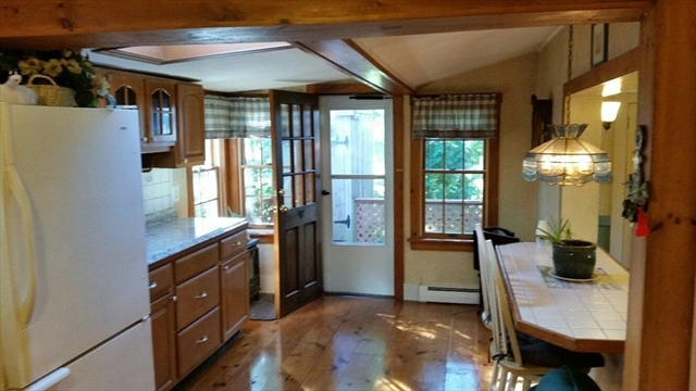 Photo #8 of Listing 85 Division St
