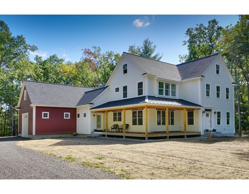 Casa Unifamiliar por un Venta en 6 Farmers Way 6 Farmers Way Tyngsborough, Massachusetts 01879 Estados Unidos
