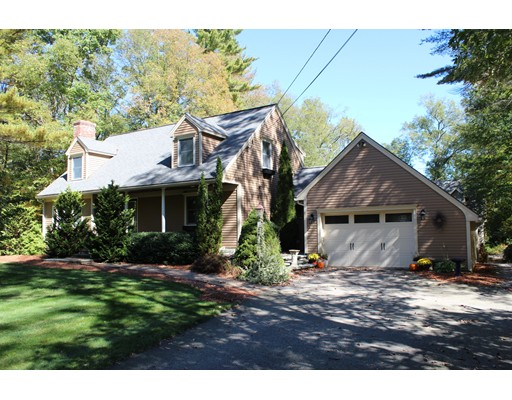 Single Family Home for Sale at 35 Apple Road Brimfield, 01010 United States