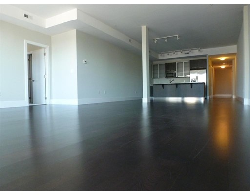 Additional photo for property listing at 154 W 2nd Street 154 W 2nd Street Boston, Massachusetts 02127 United States