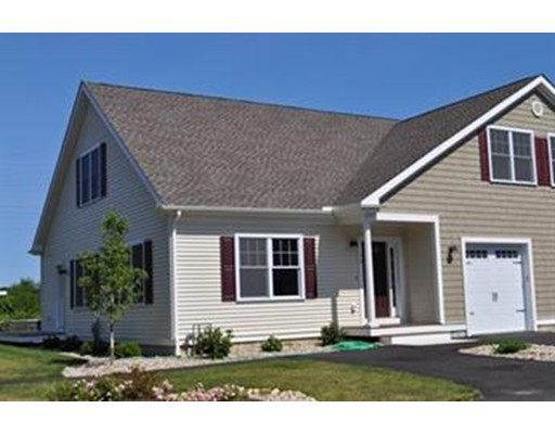 Additional photo for property listing at 637 Gifford Street  Falmouth, Massachusetts 02540 Estados Unidos