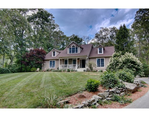 独户住宅 为 销售 在 270 WOODWARD AVENUE Seekonk, 马萨诸塞州 02771 美国