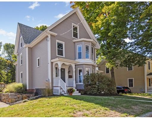 Casa Multifamiliar por un Venta en 18 Pleasant Merrimac, Massachusetts 01860 Estados Unidos