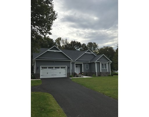 Single Family Home for Sale at 7 Overlook Lane Southwick, Massachusetts 01077 United States