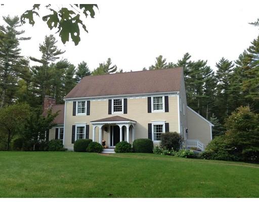 Частный односемейный дом для того Продажа на 94 Paradise Lane Rochester, Массачусетс 02770 Соединенные Штаты