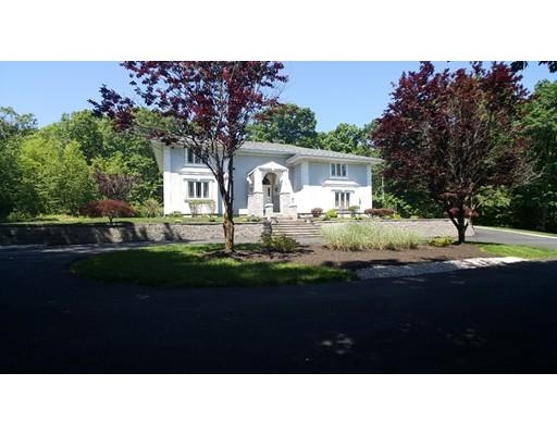 واحد منزل الأسرة للـ Sale في 20 LEONARD DRIVE North Smithfield, Rhode Island 02896 United States