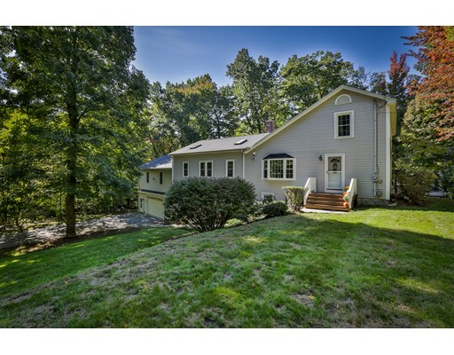 Casa Unifamiliar por un Venta en 69 GOODHUE ROAD Derry, Nueva Hampshire 03038 Estados Unidos