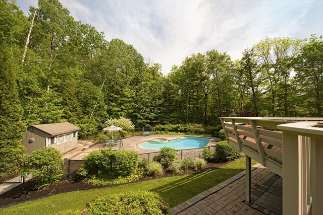 Photo #5 of Listing 89 Dunmore Ct