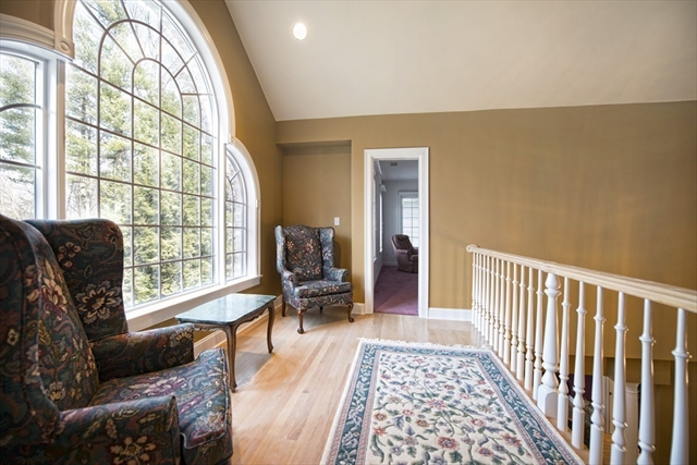Photo #18 of Listing 89 Dunmore Ct