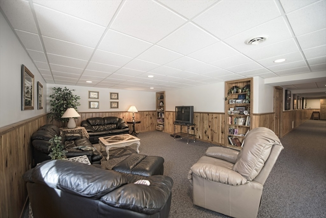 Photo #27 of Listing 89 Dunmore Ct