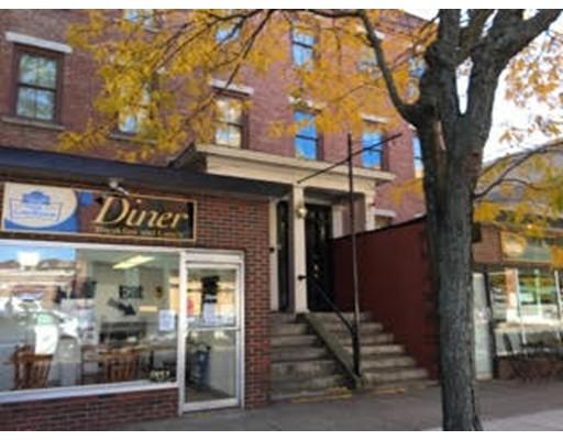 Maison avec plusieurs logements pour l Vente à 19 Hurd Street Lowell, Massachusetts 01852 États-Unis