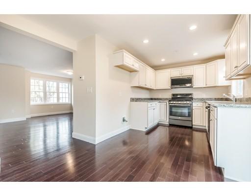 共管式独立产权公寓 为 销售 在 2 Cross Road Haverhill, 马萨诸塞州 01835 美国
