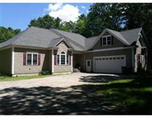 Single Family Home for Sale at 142 Oak Street 142 Oak Street Mansfield, Massachusetts 02048 United States