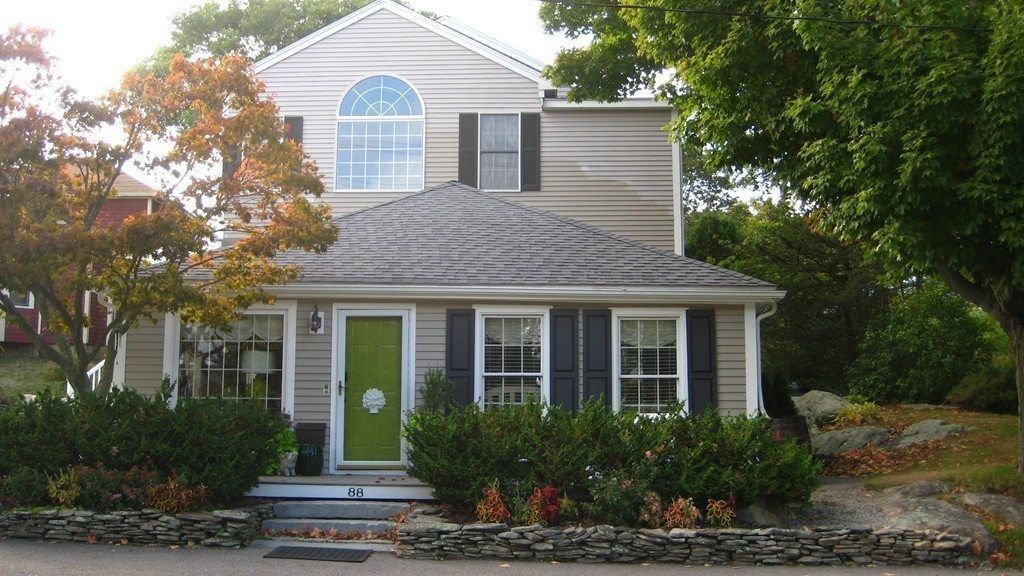 $569,000 - 2Br/2Ba -  for Sale in Hingham