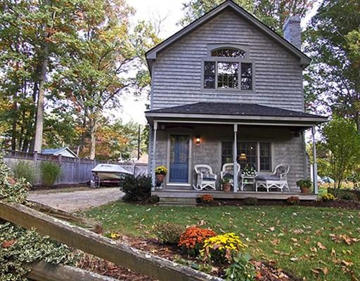 Частный односемейный дом для того Продажа на 111 Drake Lane East Brookfield, Массачусетс 01515 Соединенные Штаты